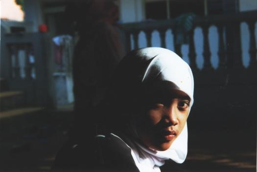 muslim-girl-2-1527550.jpg