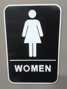 woman-704221.jpg