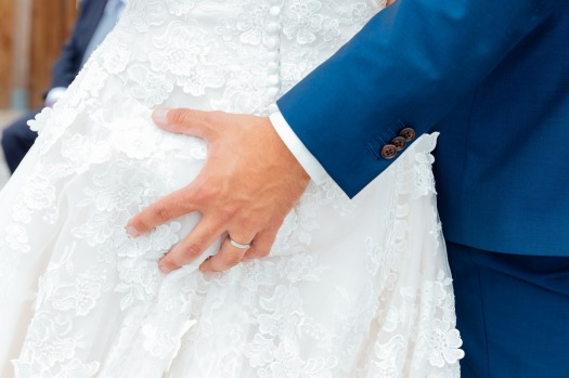wedding-2771556_1920.jpg